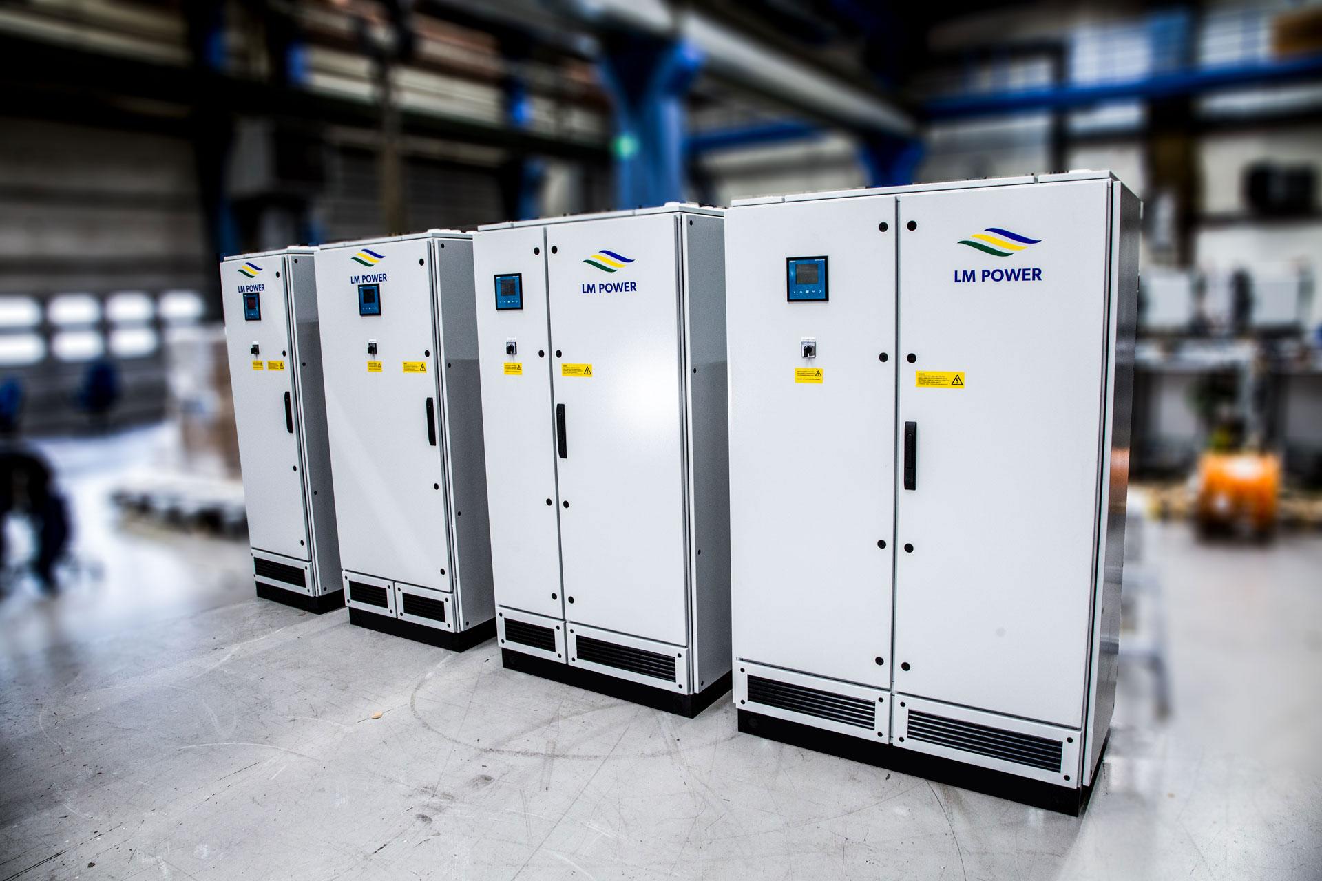 Faskompenseringsskåp - LM-Power D150, D200, D250, D300, D375, D450